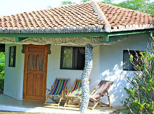 4 villas surf camp accommodation