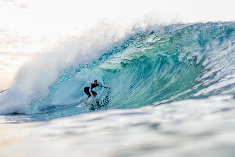 Eric Rebiere surfing el quemao